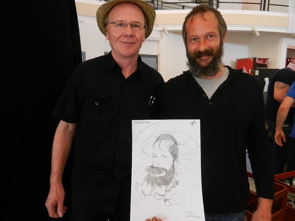 Caricaturiste à l' hypodrome de Marcq en Baroeul